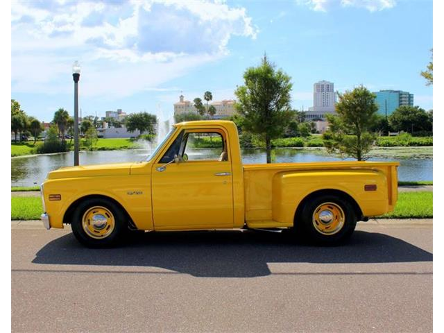 Picture of '69 Chevrolet C/K 10 located in Florida - QRFH