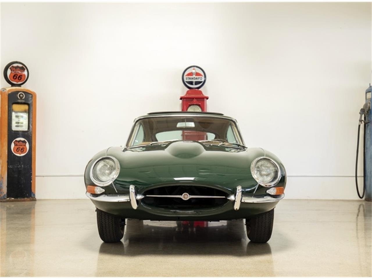 Large Picture of '64 E-Type - QRIR