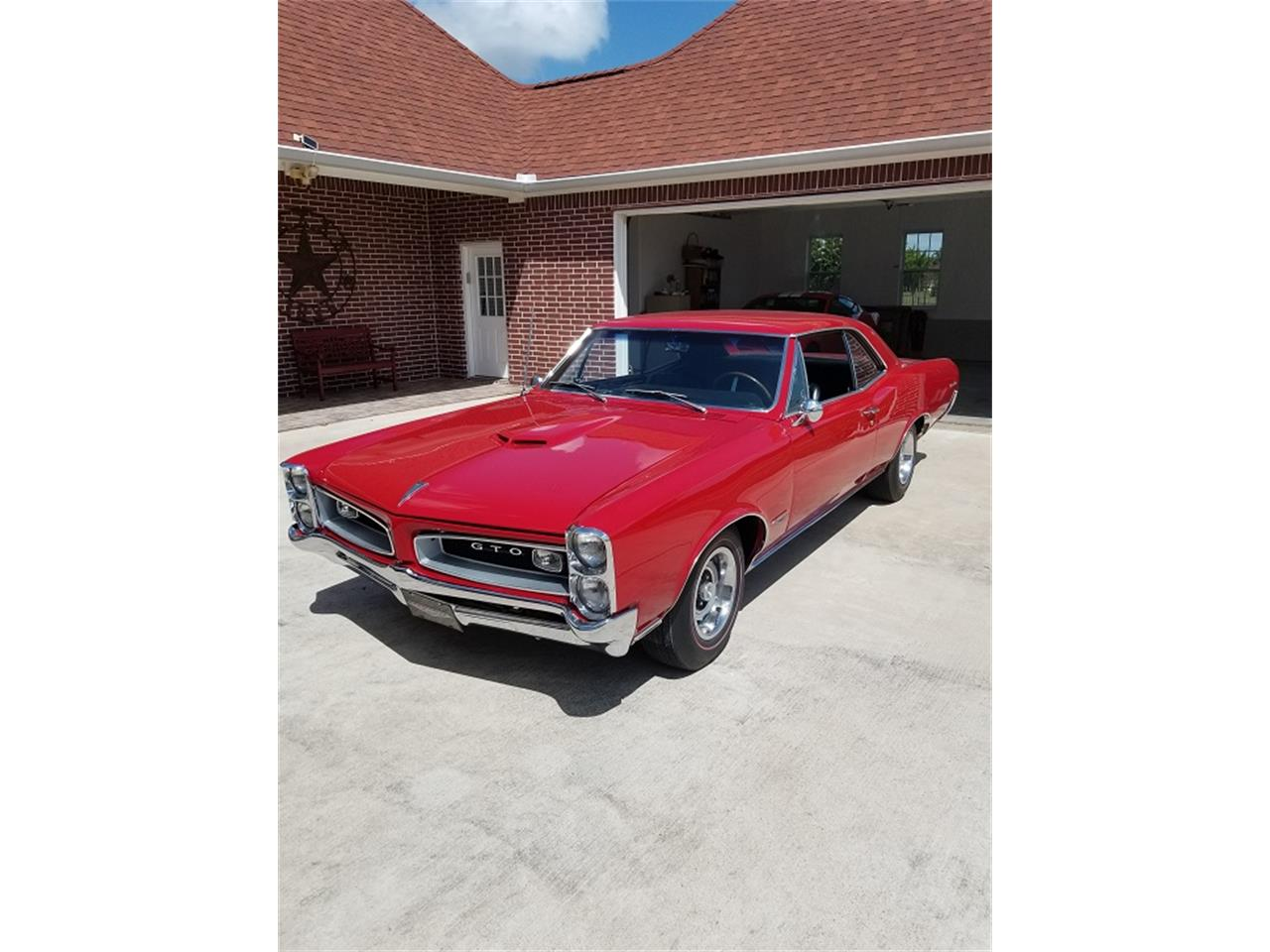 Large Picture of '66 GTO - QRJF