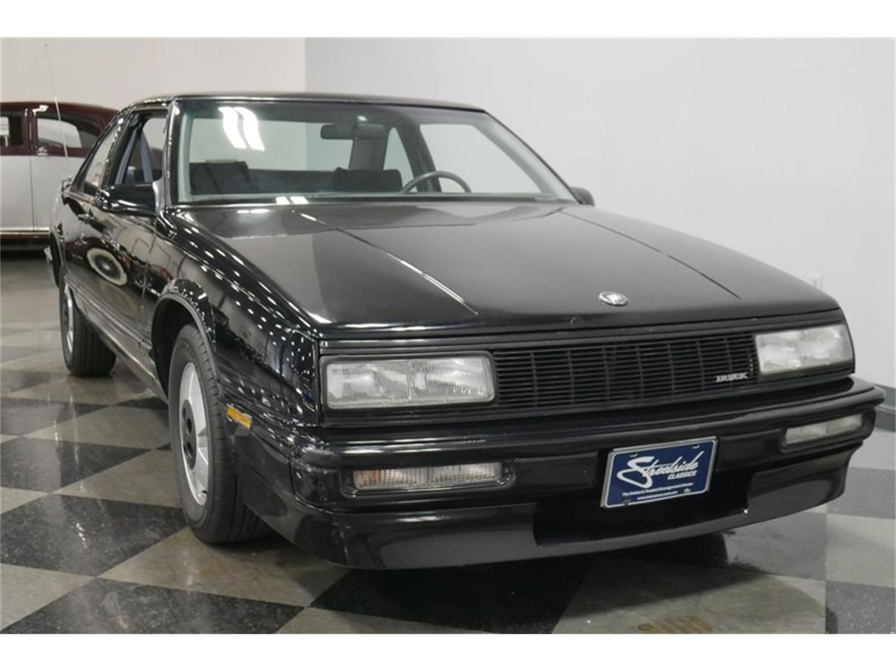 Large Picture of '89 Buick LeSabre located in Tennessee Offered by Streetside Classics - Nashville - QRKK