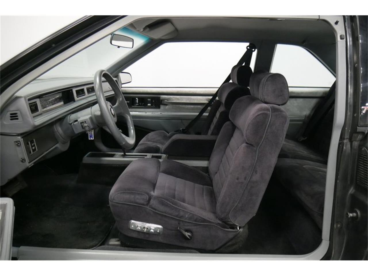Large Picture of 1989 Buick LeSabre located in Tennessee Offered by Streetside Classics - Nashville - QRKK