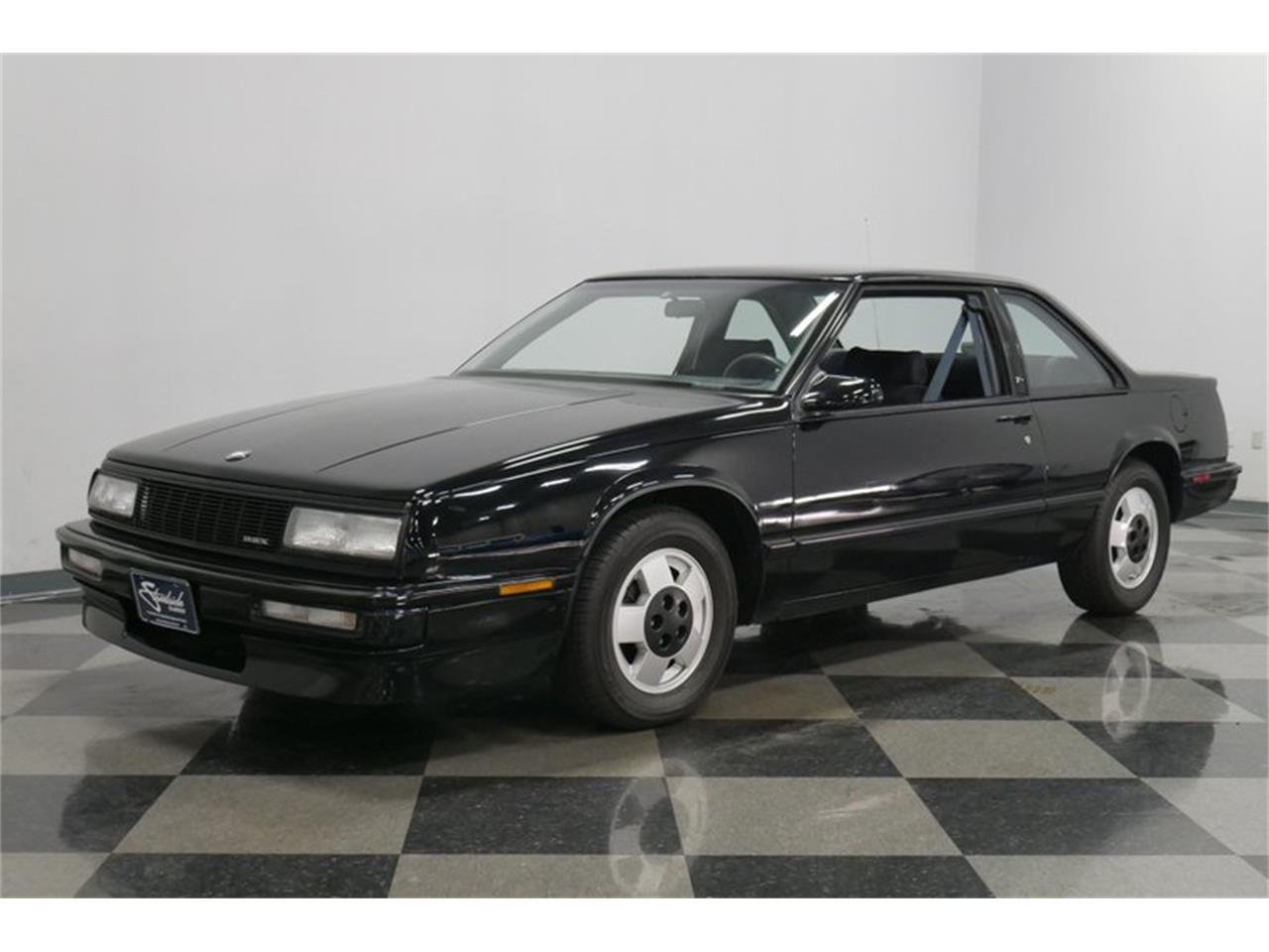 Large Picture of '89 Buick LeSabre - $9,995.00 Offered by Streetside Classics - Nashville - QRKK