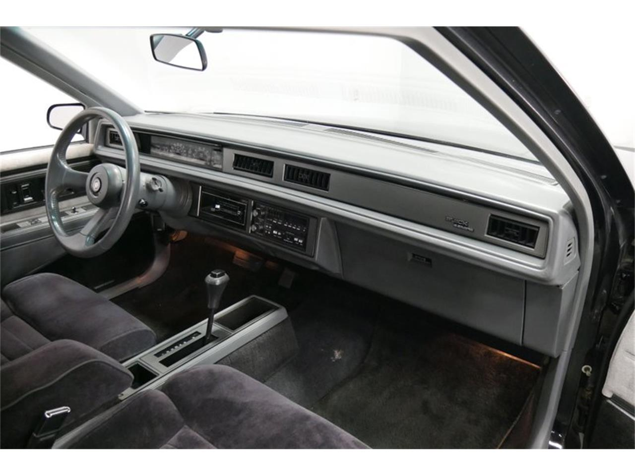 Large Picture of 1989 Buick LeSabre located in Lavergne Tennessee - $9,995.00 - QRKK
