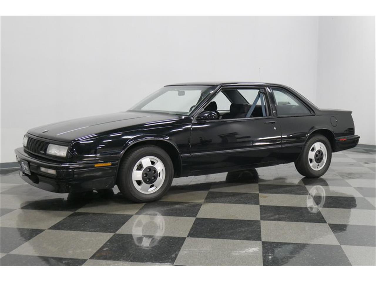 Large Picture of '89 LeSabre located in Tennessee - QRKK