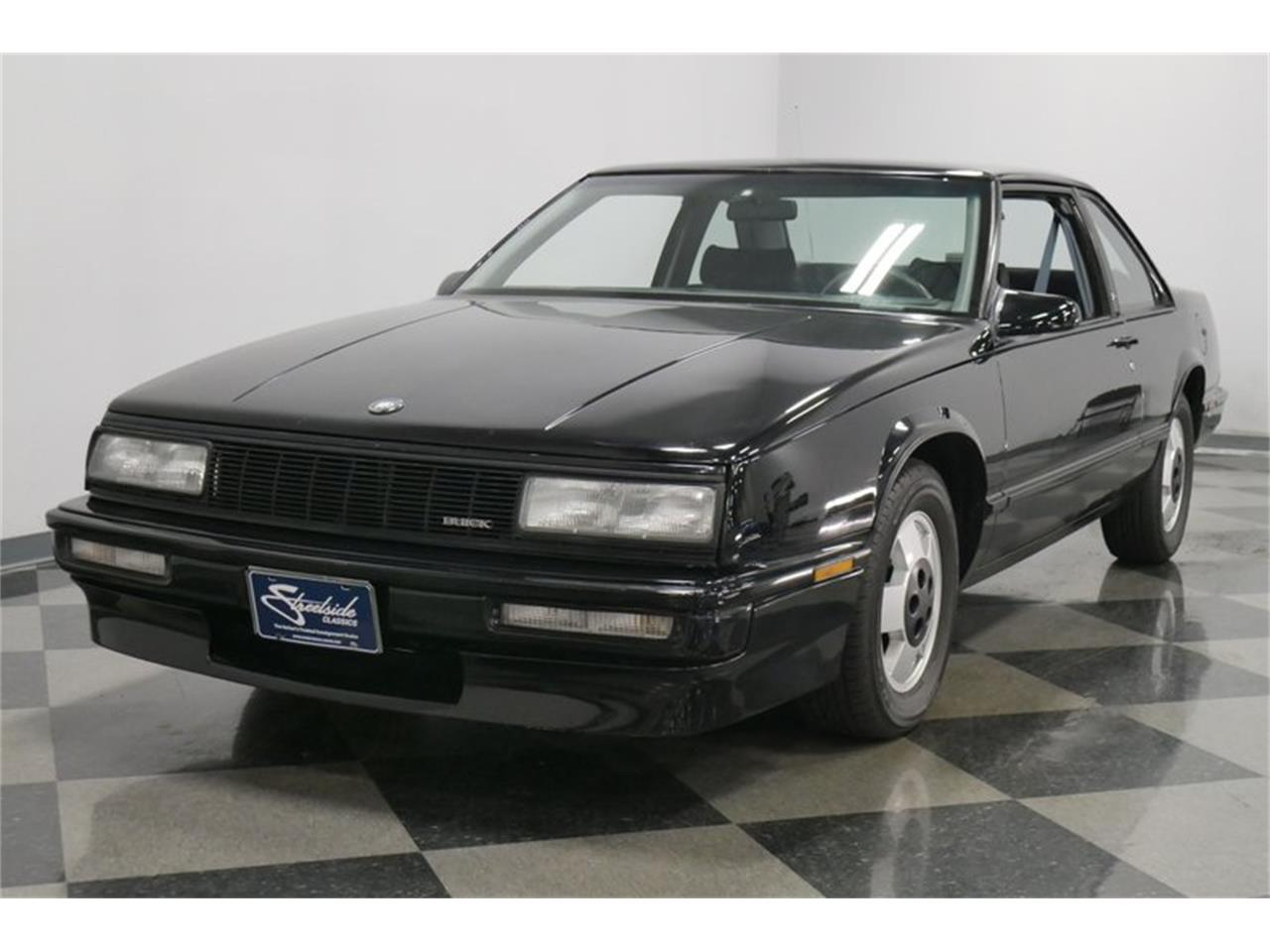 Large Picture of 1989 LeSabre located in Lavergne Tennessee - $9,995.00 Offered by Streetside Classics - Nashville - QRKK