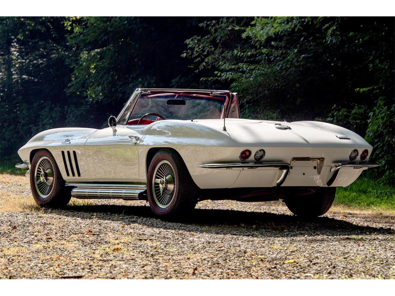 Large Picture of '66 Corvette - QRLF