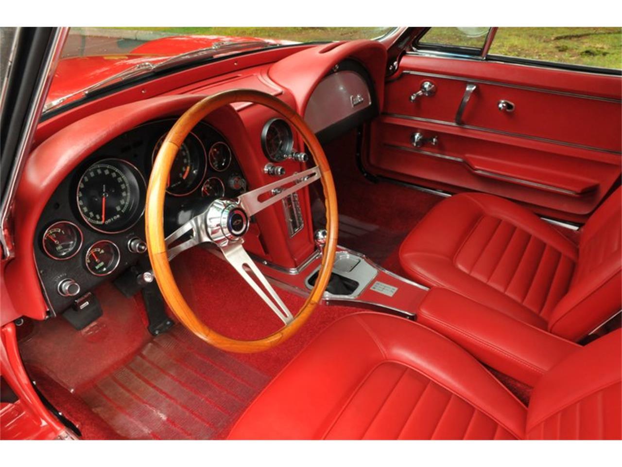 Large Picture of '66 Corvette - QRLM