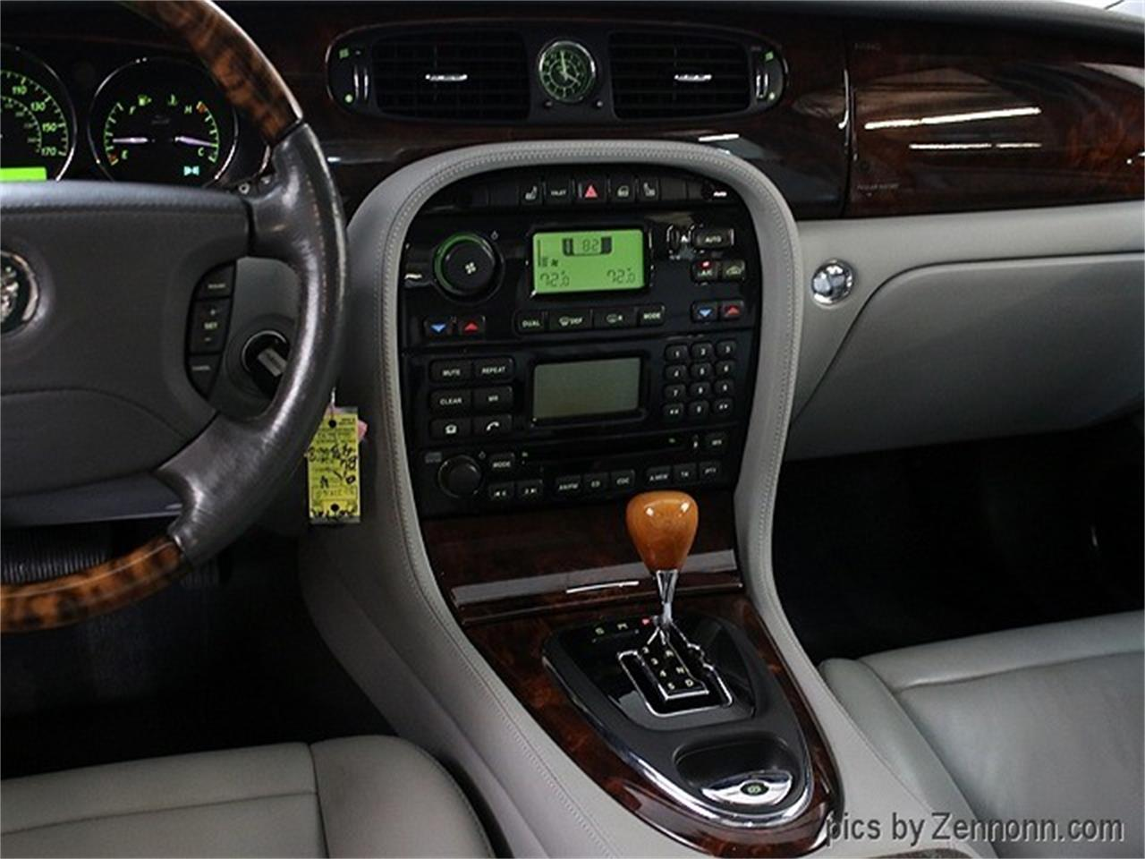 Large Picture of '04 XJ - QRMC