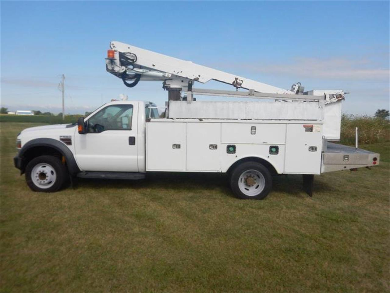 Large Picture of '09 Ford F550 - QRML