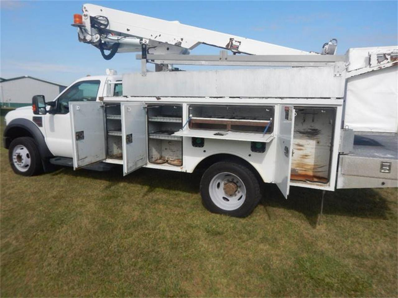 Large Picture of 2009 Ford F550 located in Iowa Offered by Kinion Auto Sales & Service - QRML