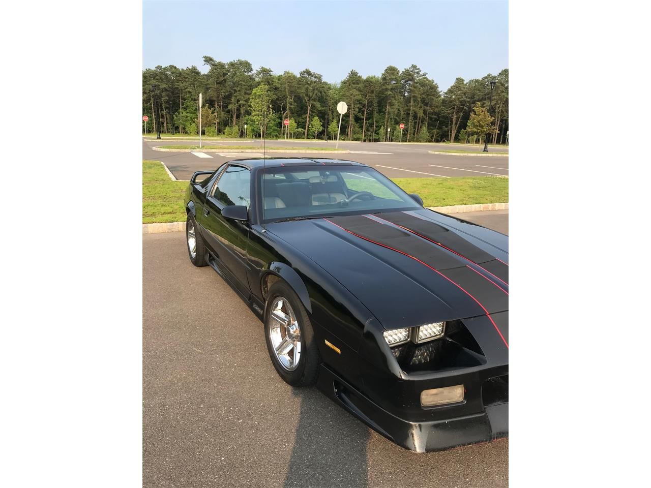 Large Picture of '91 Camaro Z28 - QROJ