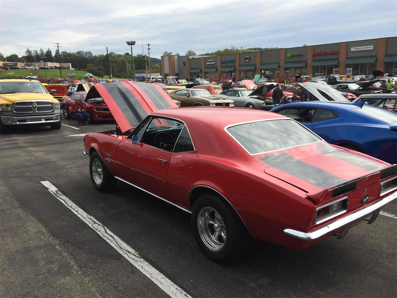 Large Picture of '67 Camaro - QRON