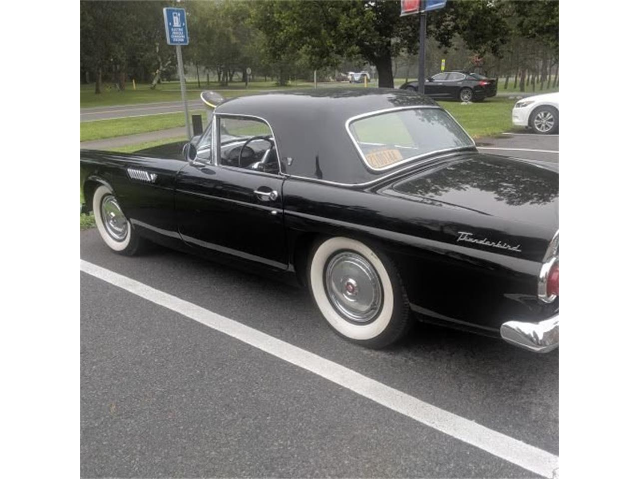 Large Picture of '55 Thunderbird - QRQ2