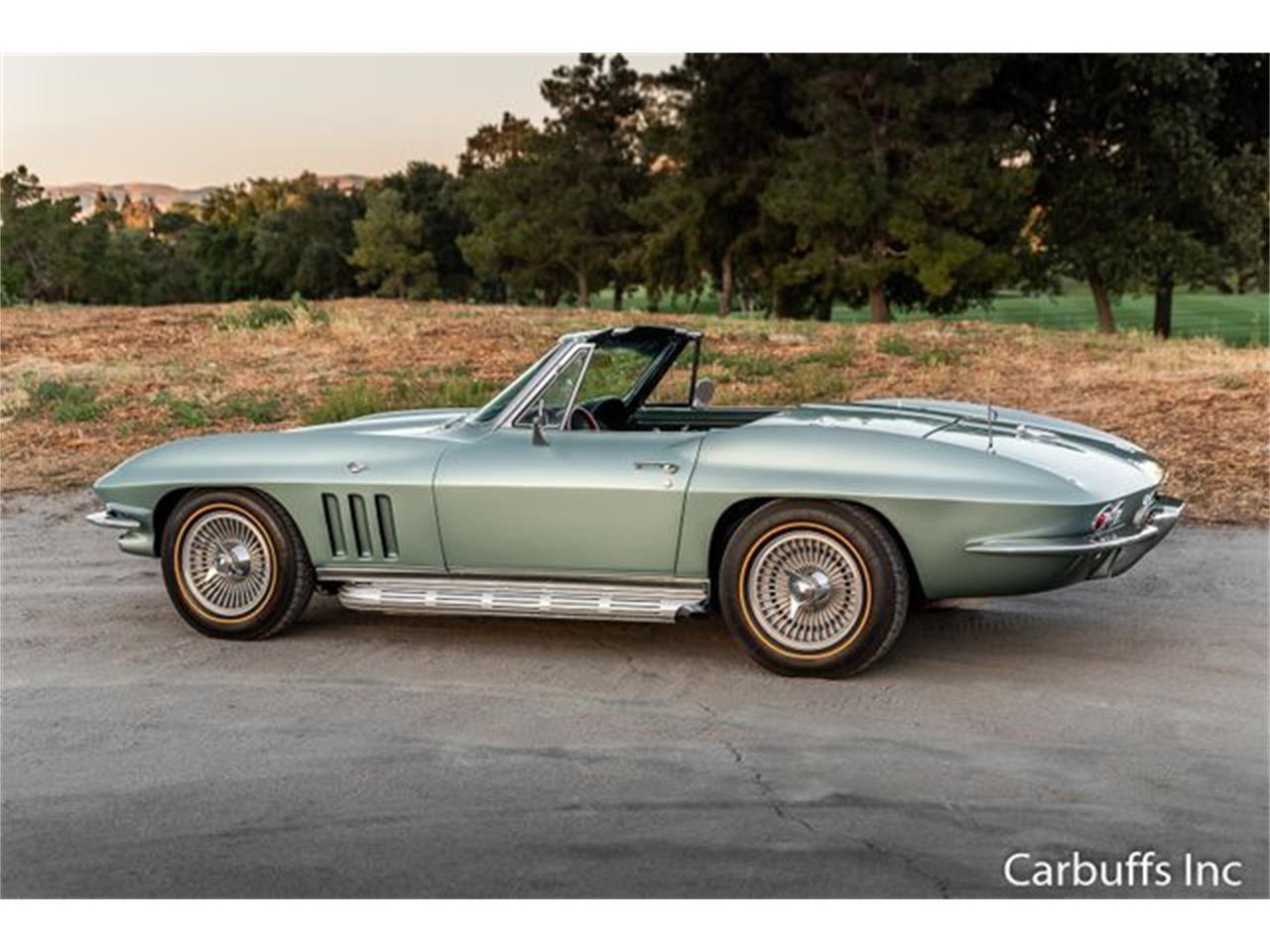 Large Picture of '66 Corvette - QRQT