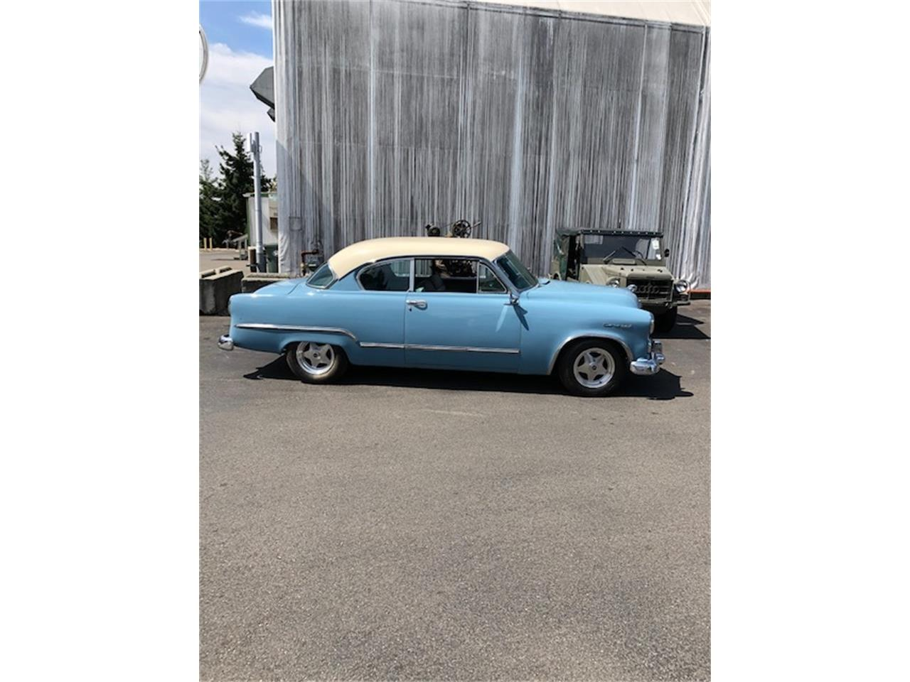 Large Picture of '53 Coronet - QRU2