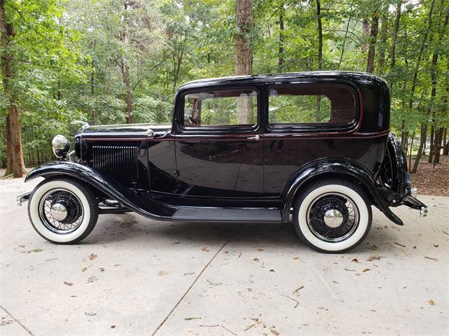 1932 to 1934 Ford Sedan for Sale on ClassicCars com on