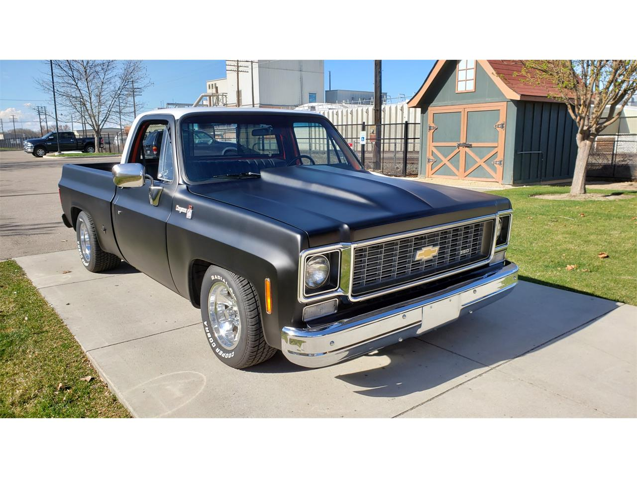 Large Picture of '77 C10 - QRUF
