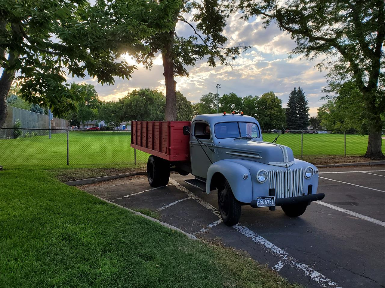 Large Picture of 1947 1-1/2 Ton Pickup - $8,995.00 Offered by a Private Seller - QRUM