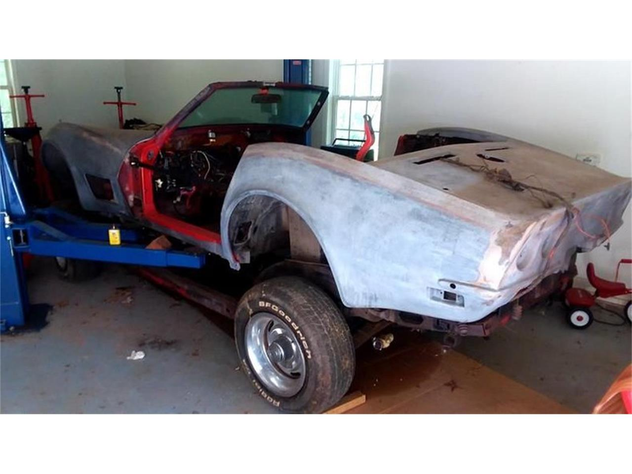 Large Picture of '72 Corvette - QRY3