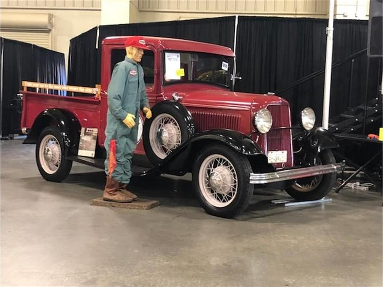 Large Picture of '33 Pickup - QRYF