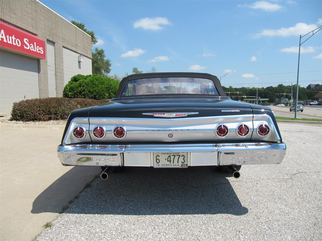 Large Picture of '62 Impala SS - QS0D