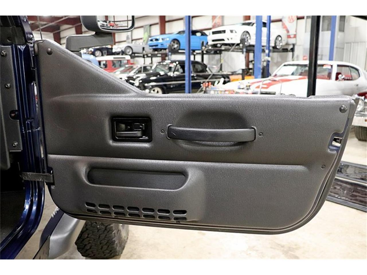 Large Picture of '05 Jeep Wrangler - $17,900.00 - QS1I