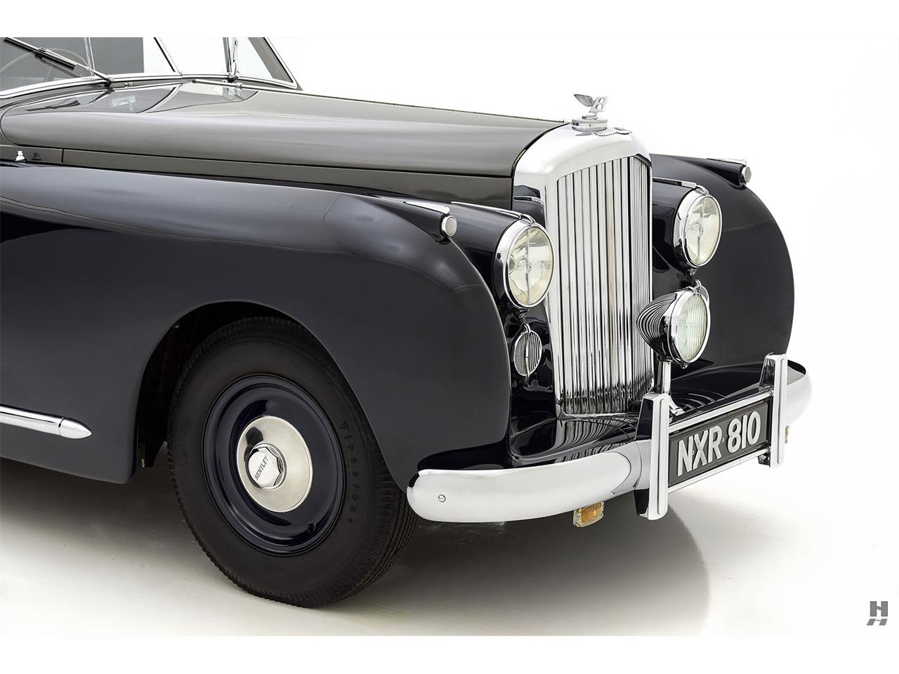 Large Picture of '48 Bentley Mark VI located in Saint Louis Missouri - $279,500.00 Offered by Hyman Ltd. Classic Cars - QS34