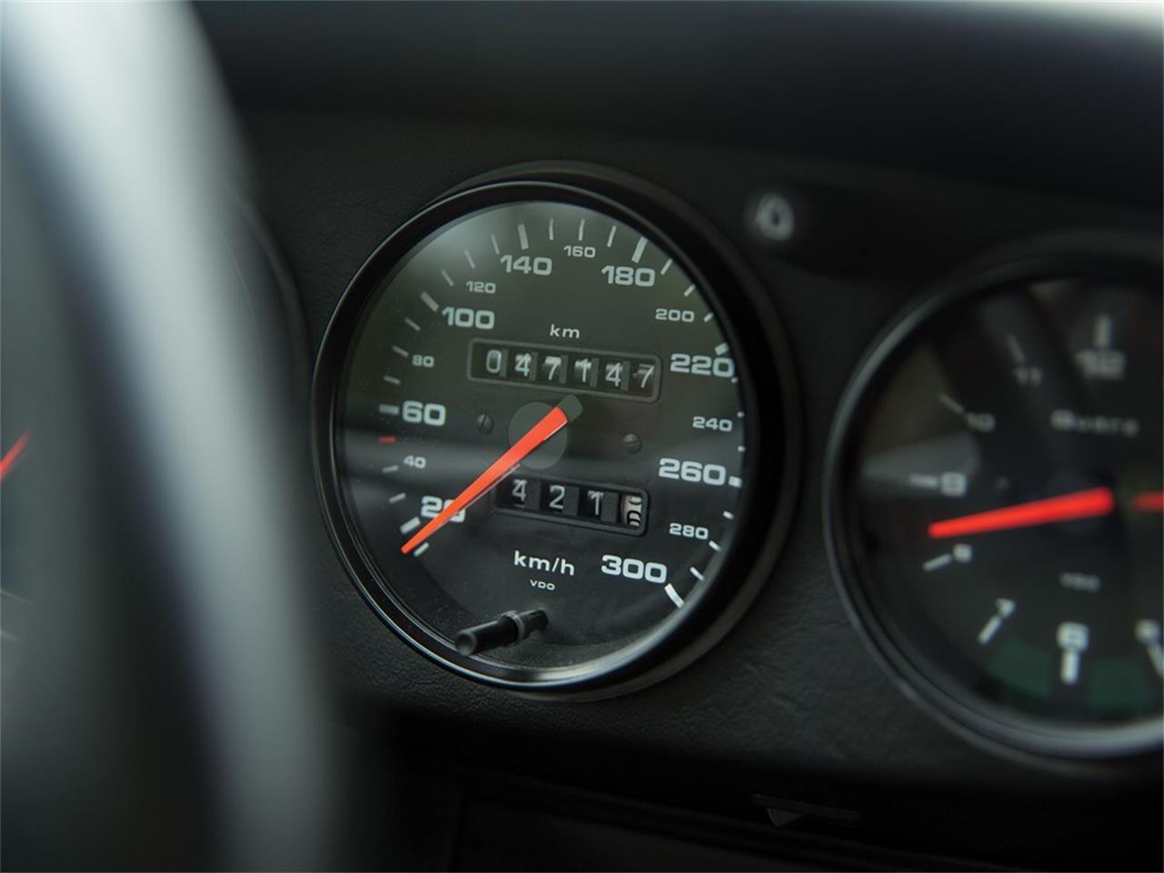 Large Picture of '92 Porsche 911 Carrera - QS9V