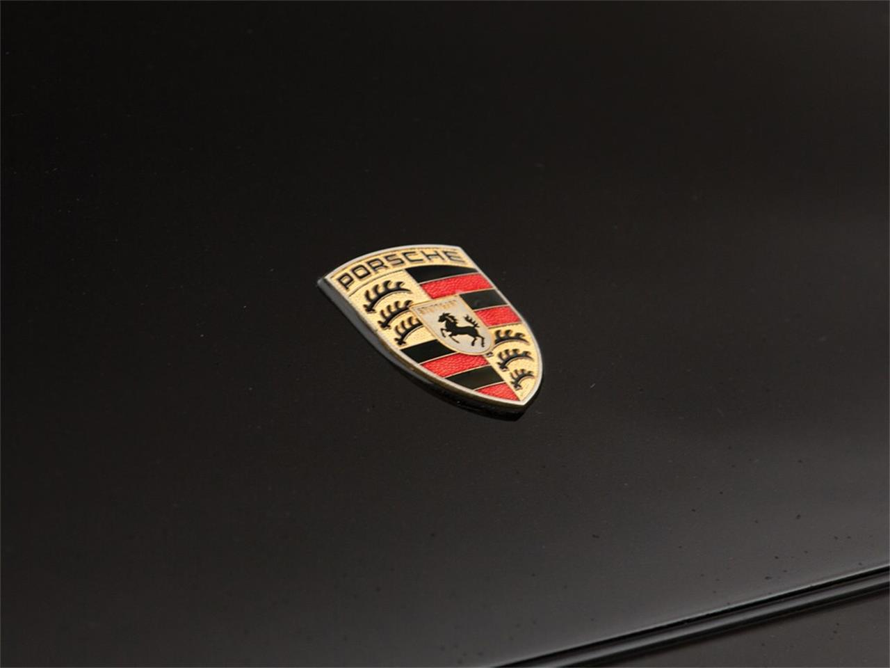 Large Picture of '96 911 Carrera 4S Auction Vehicle Offered by RM Sotheby's 781118 (remove ID# on next use) - QS9W