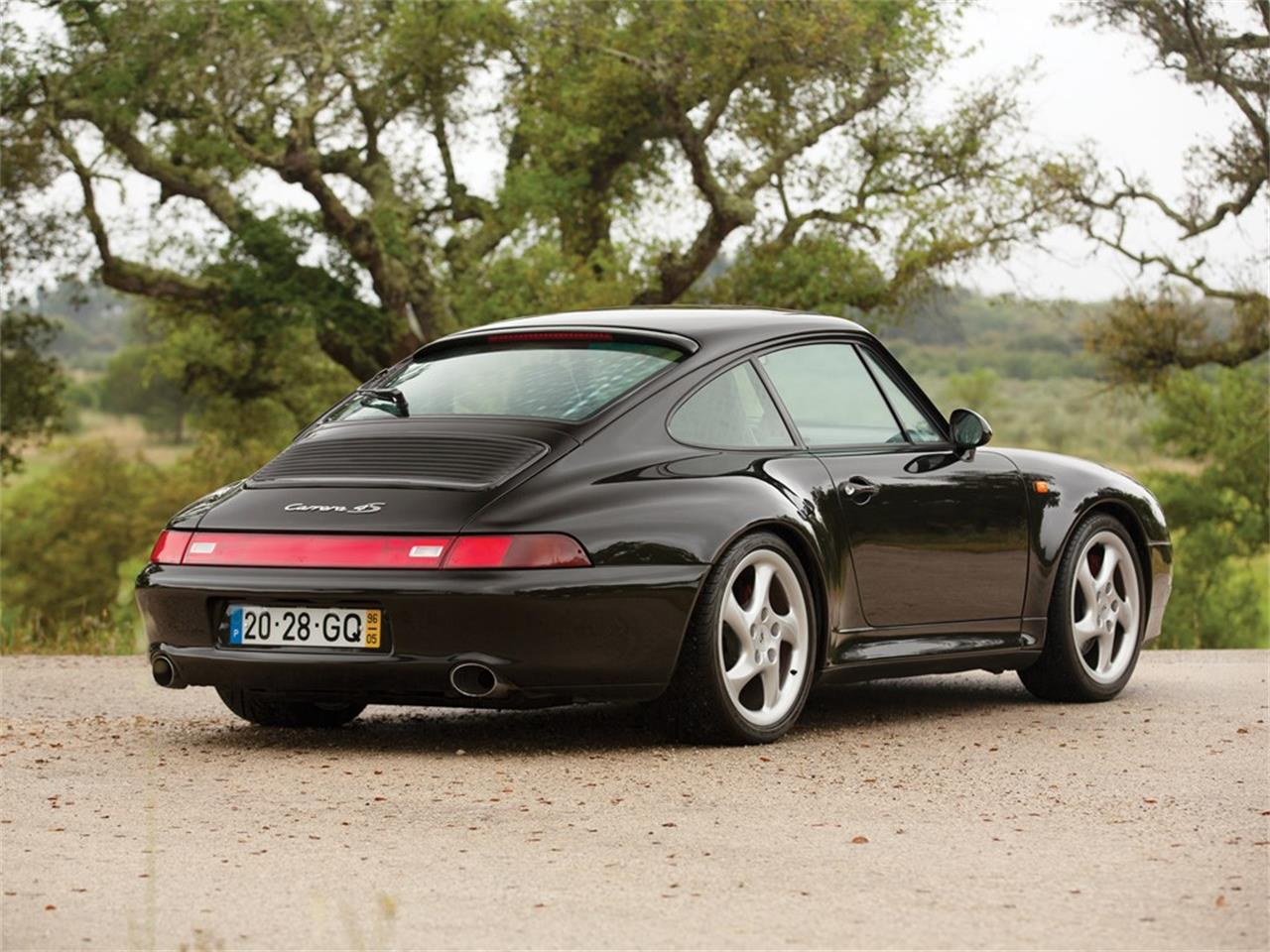 Large Picture of 1996 Porsche 911 Carrera 4S located in  Auction Vehicle Offered by RM Sotheby's 781118 (remove ID# on next use) - QS9W