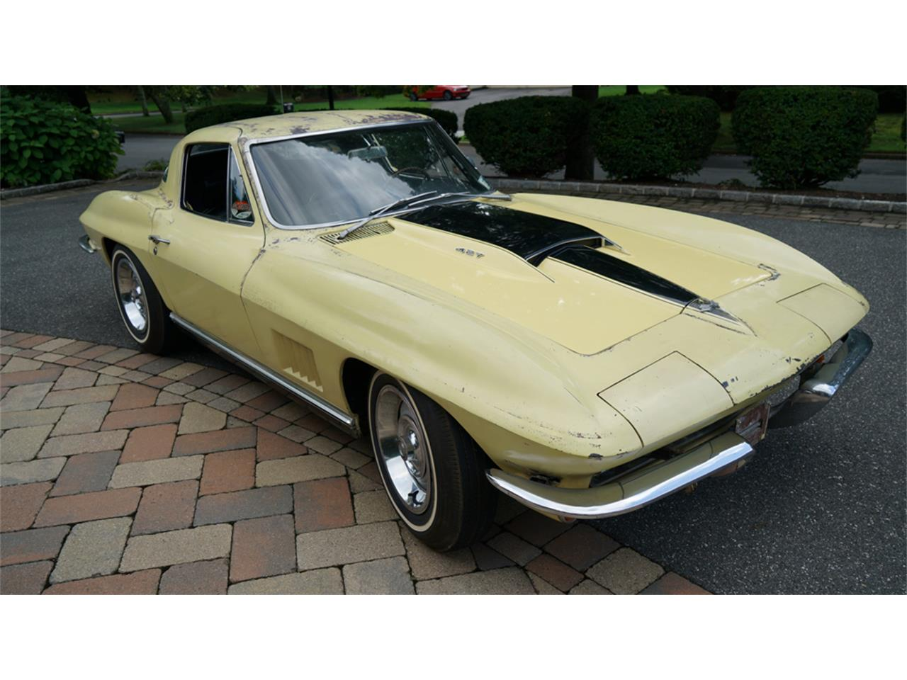 Large Picture of '67 Corvette - QSC7