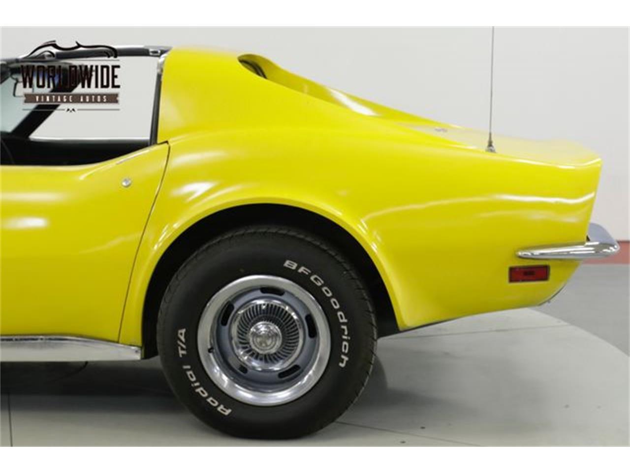 Large Picture of '72 Corvette - QSFA