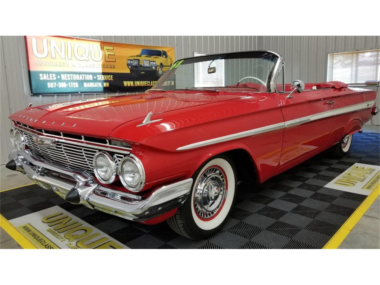 Large Picture of '61 Impala SS - QSI7