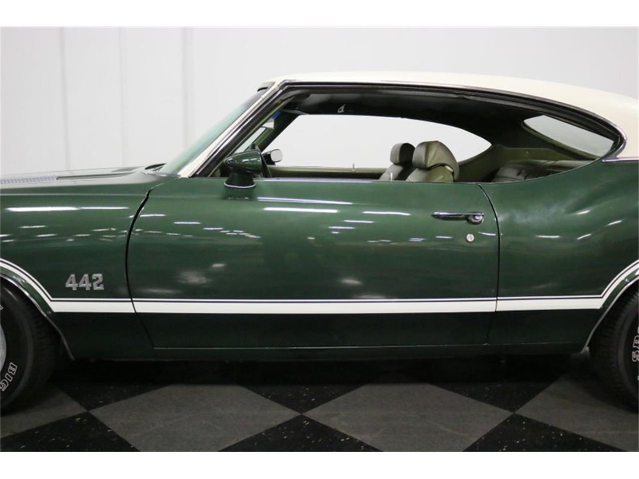 Large Picture of '71 Oldsmobile 442 located in Ft Worth Texas Offered by Streetside Classics - Dallas / Fort Worth - QTLT