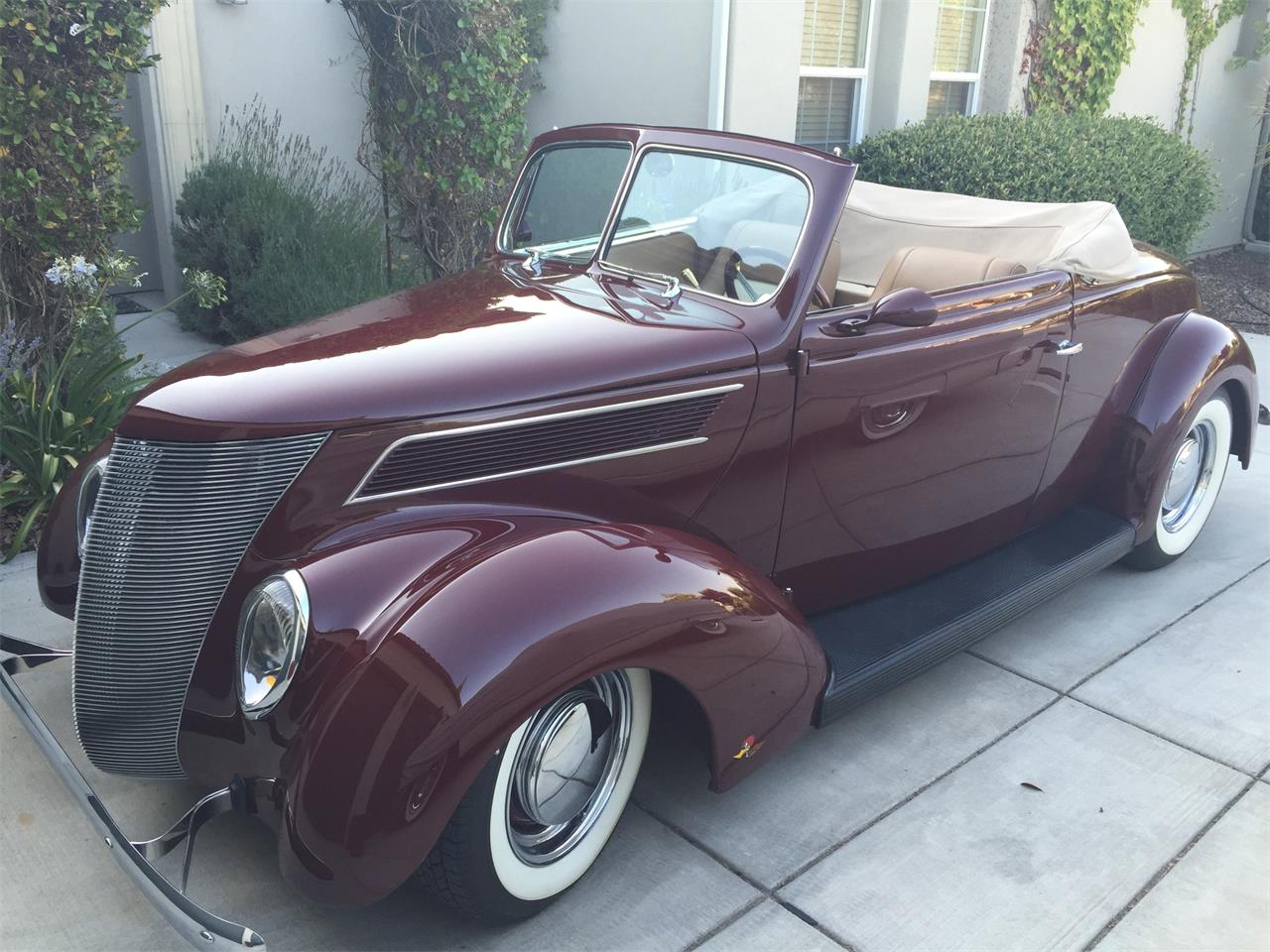 Large Picture of '37 Cabriolet Offered by a Private Seller - QTU3