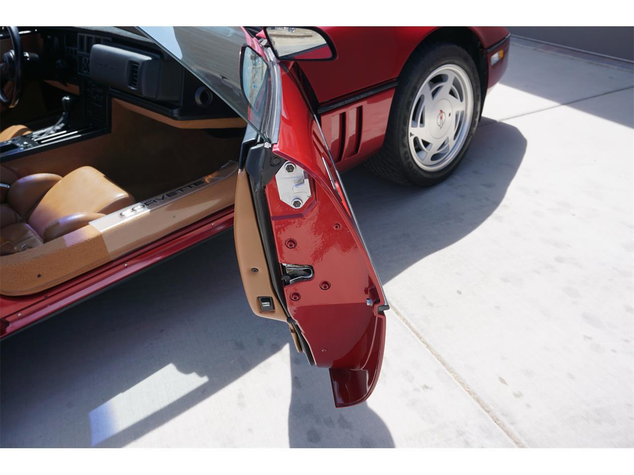 Large Picture of 1989 Chevrolet Corvette C4 located in Colorado - QTU6