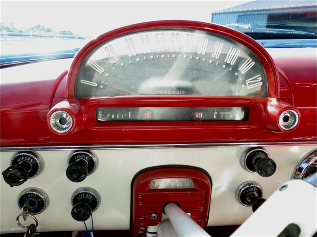 Large Picture of Classic 1955 Ford Fairlane located in Dayton Ohio - QU8Q
