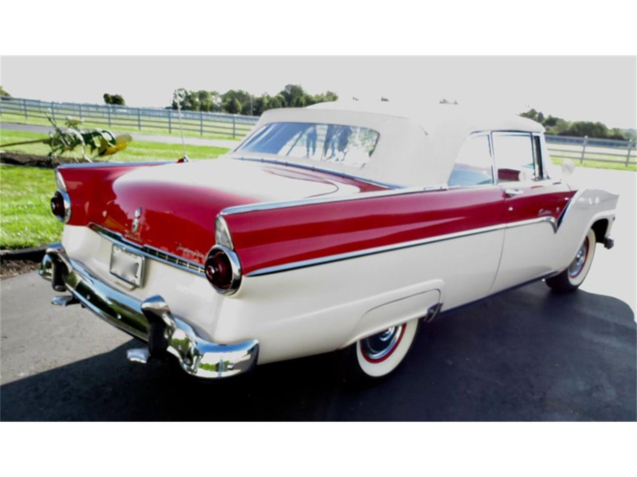 Large Picture of 1955 Ford Fairlane located in Ohio - $38,500.00 Offered by Classic Car Connection - QU8Q