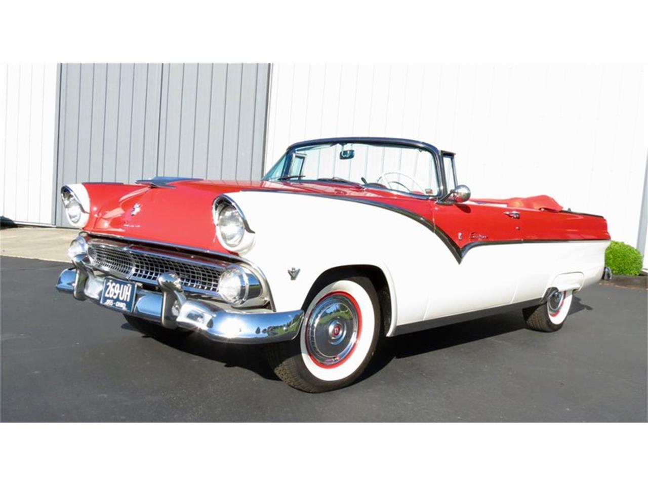 Large Picture of 1955 Ford Fairlane located in Dayton Ohio - QU8Q