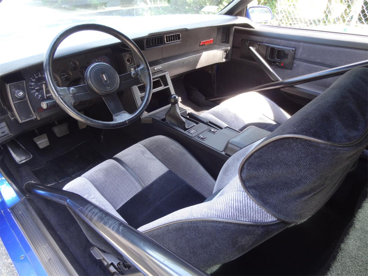 Large Picture of 1983 Chevrolet Camaro IROC Z28 located in Massachusetts - $30,000.00 Offered by a Private Seller - QUEA
