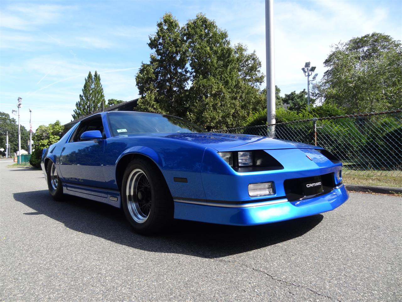 Large Picture of '83 Camaro IROC Z28 Offered by a Private Seller - QUEA