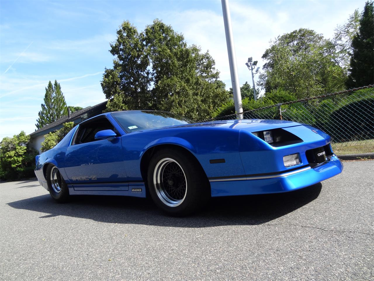 Large Picture of 1983 Camaro IROC Z28 located in Massachusetts - $30,000.00 Offered by a Private Seller - QUEA