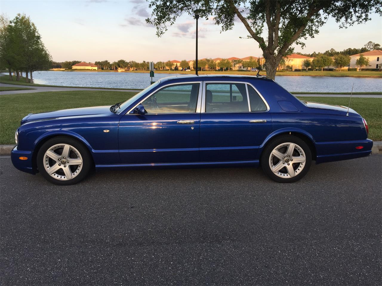 Large Picture of '02 Bentley Arnage located in Orlando Florida - QUG1