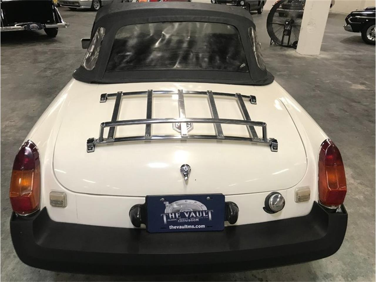 Large Picture of '80 MG MGB located in Brandon Mississippi Offered by Auction Assets Group - QUJS