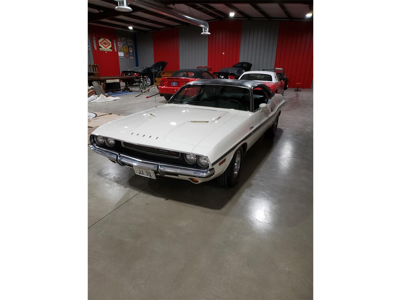 Large Picture of '70 Challenger R/T - QUUB