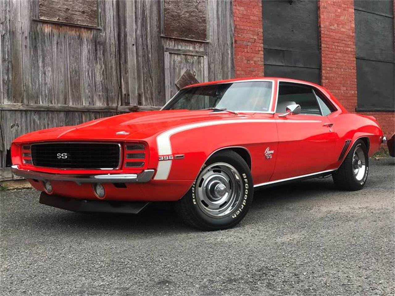Large Picture of '69 Camaro RS/SS - QV32