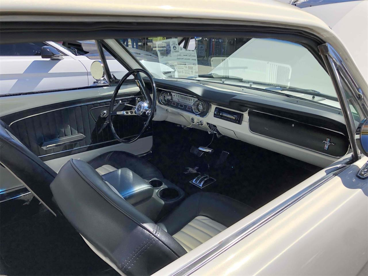 Large Picture of '65 Mustang - QV4F