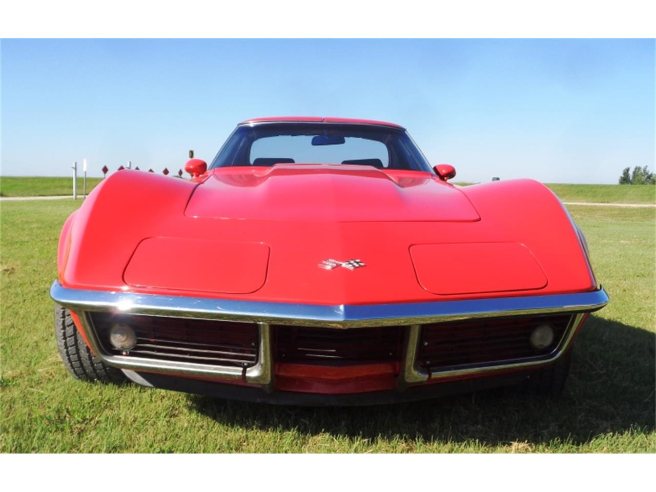 Large Picture of Classic '69 Corvette located in Great Bend Kansas Offered by F & E Collector Auto Auctions - QV4G