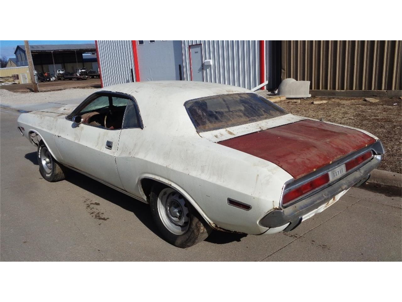 Large Picture of '70 Challenger R/T - QV52