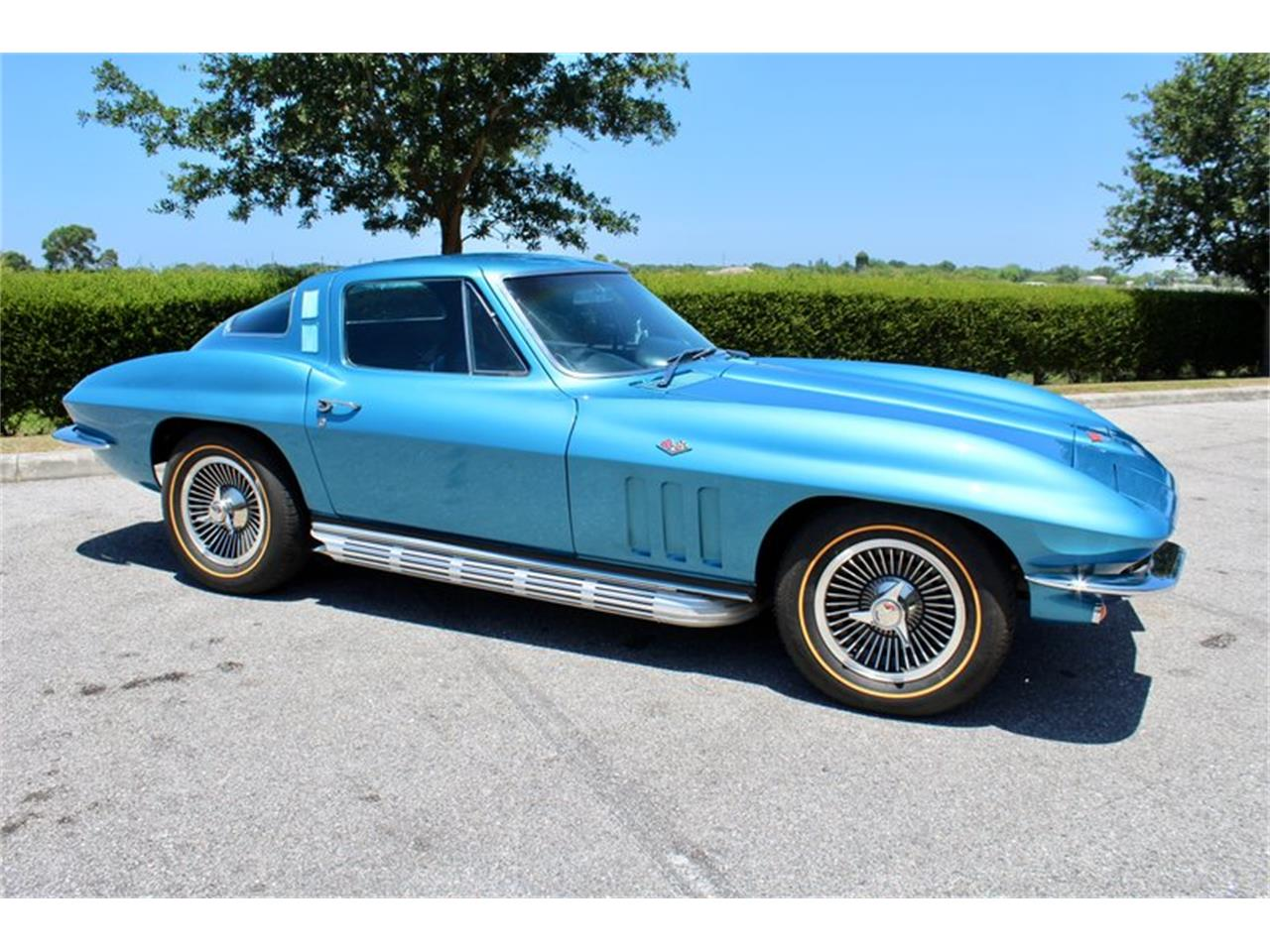 Large Picture of Classic 1965 Corvette - QSRR